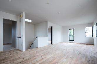 【2×4戸建】回遊できる広~い空間に仕上がりました。