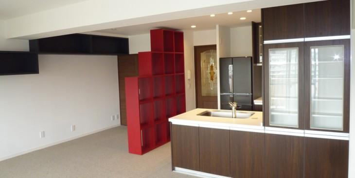 築40年のマンションを和モダンにリノベーション。希望が実現して、毎日が豊かな空間に。 造作家具も対応可能です。