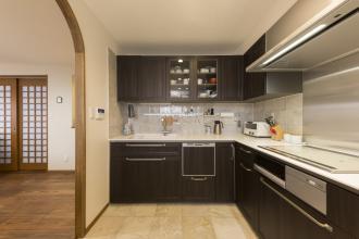 こだわりのキッチンルームを実現。夫婦二人のゆとりのリノベーション