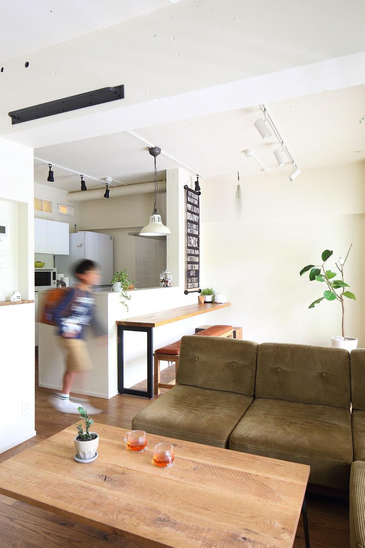 「男前な家」のキッチン