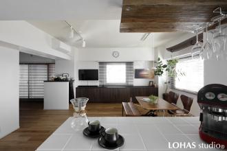潮騒ささやく爽やかな佇まいの家 -中古購入とリフォームを同時進行-