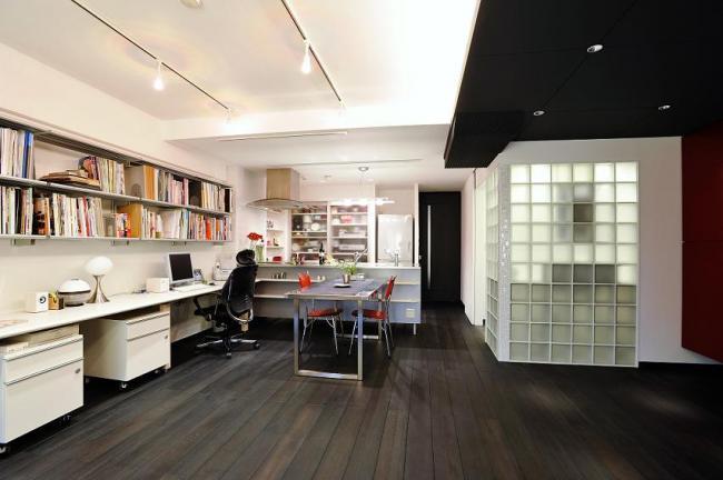 ホームテックデザイン部ではお客様オンリーワンの住まい創りを サポートしています。  「自分のための時間」の創造は、インテリアやデザインだけでなく 「暮らしやすさ」「楽しさ」「心地よさ」を追求することで実現するものです。 こだわりたいデザインや設備。 自分たちのライフスタイルを実現するための間取りや収納の工夫。  設計事務所に依頼するようなデザインとクオリティを どうぞホームテックで実現してください。