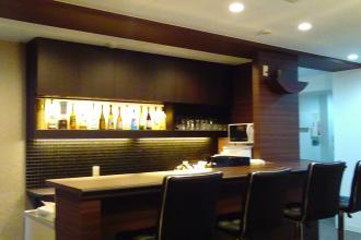 事務所改装・バーカウンターのあるオフィス