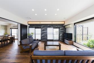 """デザインと素材にこだわり、""""終の棲家""""に相応しい高級感溢れる住まいに"""