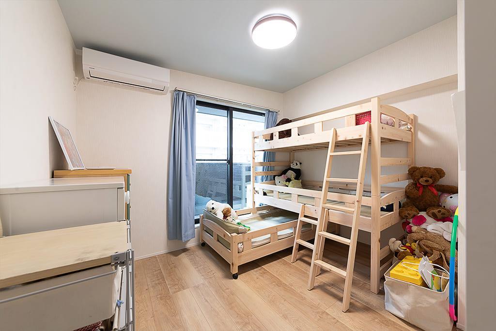 3姉妹の寝室。